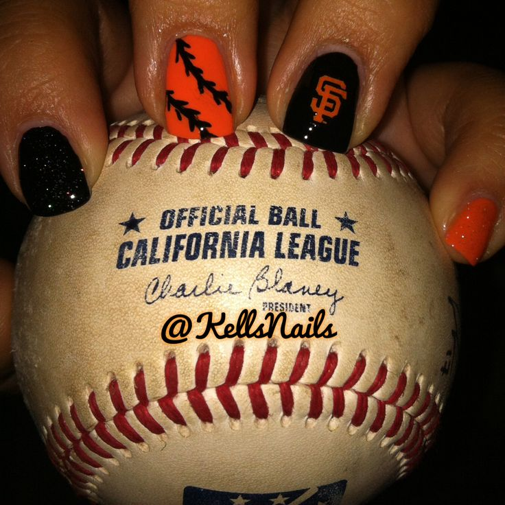 SF Giants nail art IG: @kellsnails https://www.facebook.com/shorthaircutstyles/posts/1759822097641563