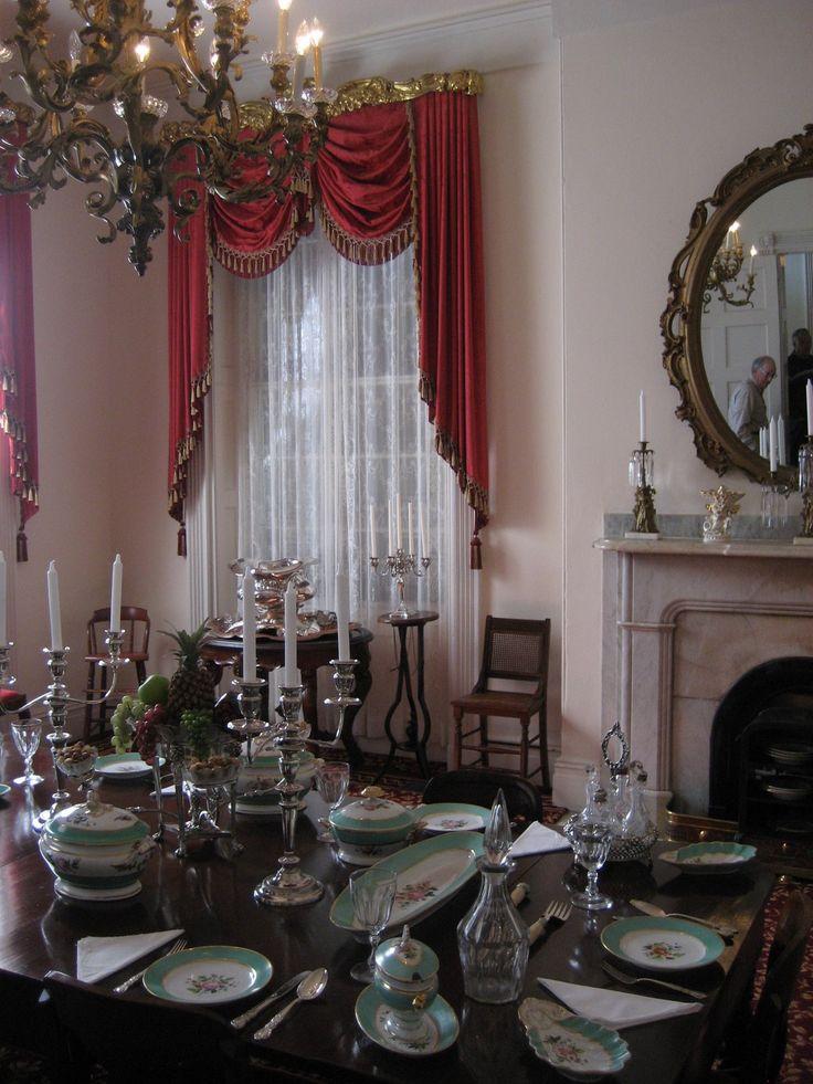 Dining room of Rosalie Plantation, Natchez, Mississippi