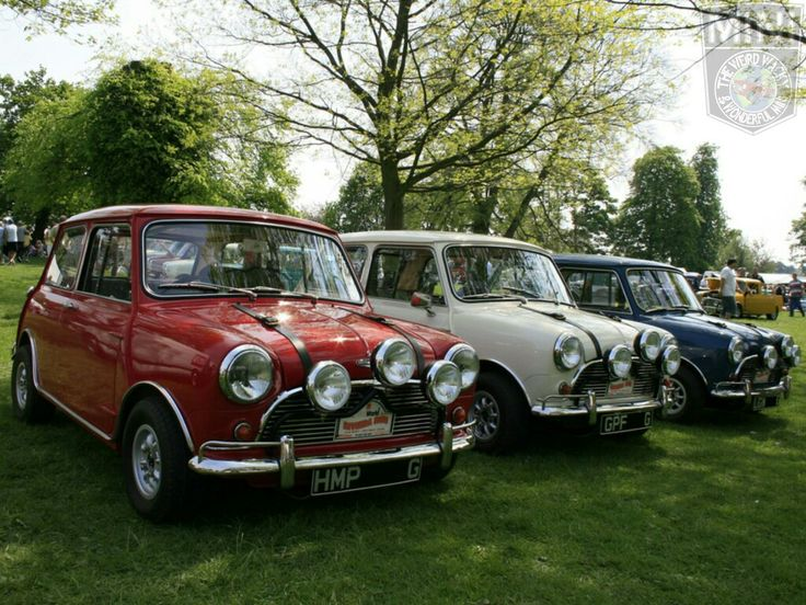 Morning Miniacs Shall we take a Sunday Drive today? Only issue as far as I can see is which Italian Job Mini Cooper do you choose. Red or White?  You cant have Blue, thats mine... lol  Have a great day folks
