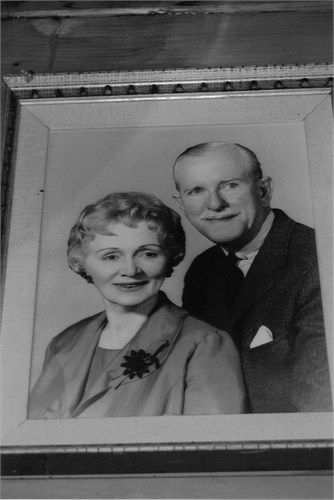 """Photo of JESSE CLAYTON NEILL & WIFE, THE PARENTS OF BEVERLEY LOUISE NEILL, stage name-AMANDA BLAKE alias MISS KITTY RUSSELL, CO-STARRING on """"GUNSMOKE"""", contributed by a cousin, Ronnie Mitchell """"MITCH"""" Faulk"""