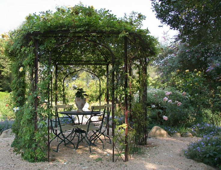 somewhere in this thing I want a cast-iron gazebo