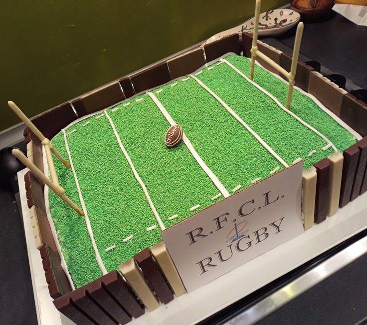 Gâteau pour le club de rugby de mon fils R.F.C. Liège au stade de Naimette