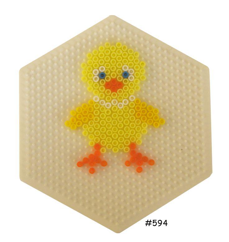 Easter chicken hama perler pattern - HAMA http://www.creactivites.com/234-plaques-perles-a-repasser-midi-hama
