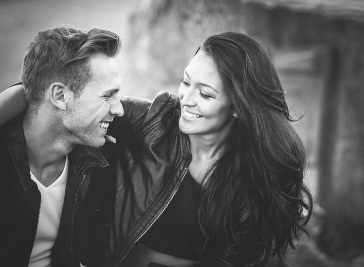 Couple shoot, couples, photoshoot, smile, natural light, natural shoot, Boy and Girl, woman and man, black and White, Long hair, posing