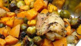 Ovenschotel met zoete aardappel, kipdijfilet en spruitjes
