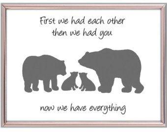 """Silueta oso familia con dos cachorros. """"Teníamos uno al otro primero le teníamos"""" arte de vivero para los gemelos. Bosque vivero silueta oso"""