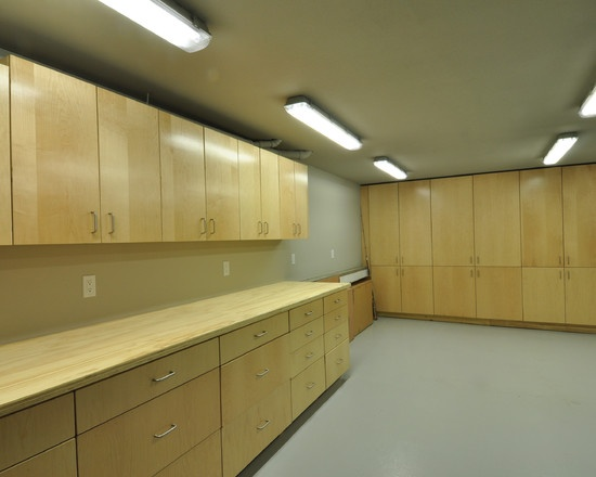 Garage storage kitchen cabinets from remodel used in the for Kitchen units in garage