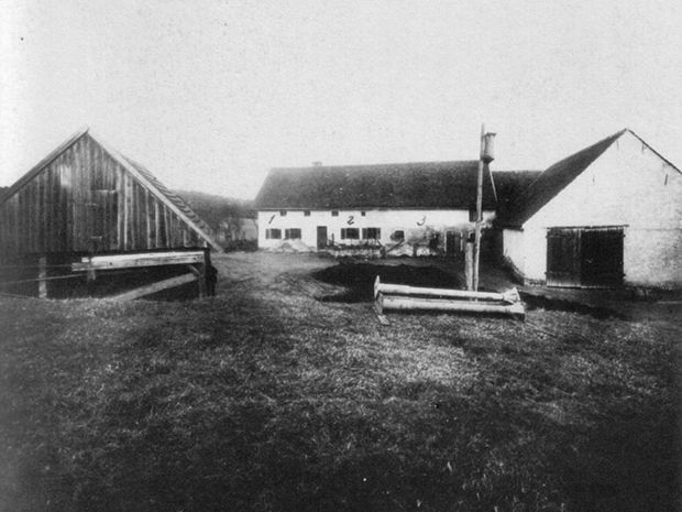 On a chilly night in 1922, the mass slaughtering of the Gruber family on the Hinterkaifeck ranch shook the German public to the core.