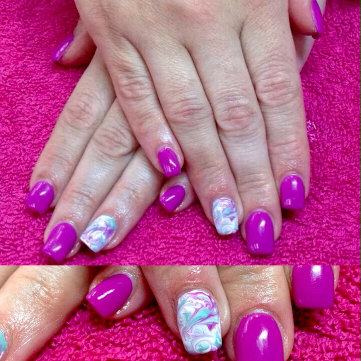 Gel nails with marbling