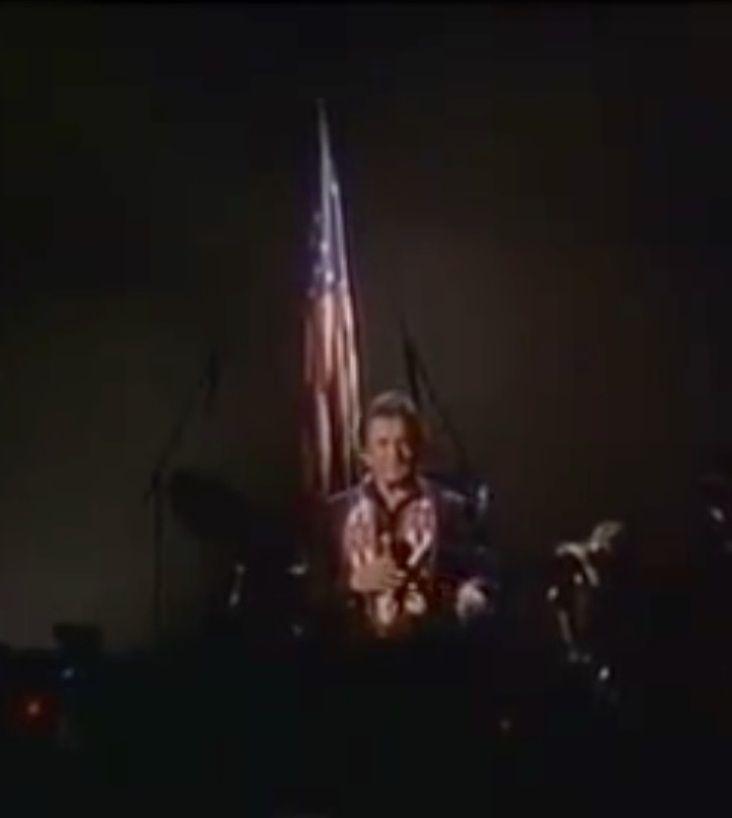 American Flag Johnny Cash Ragged Old Flag Song Https Www Youtube Com Watch V Mbbgi3mtjco Johnny Johnny Cash American Flag
