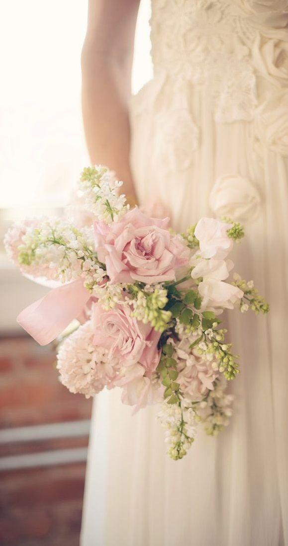 spring wedding flowers chwv.htm vintage looking bouquet     fashion dresses  vintage looking bouquet     fashion dresses