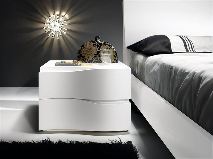 Spar Pacific Line: A stylish, contemporary design for a charming and cozy ambiance.  http://www.spar.it/ita/Catalogo/Notte/PACIFICO/Proposta-W18-cd-571.aspx