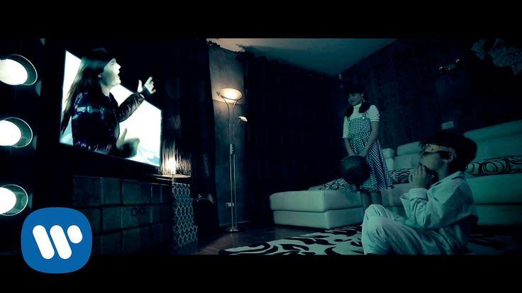 """Vuela alto es el nuevo video-clip dirigido por Mario Ruiz del tema """"Vuela Alto"""" sobre un guión original de Txus Di Fellatio y Mario Ruiz. Atentos al final de..."""