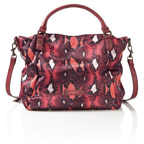 Lässiger Eyecatcher: Diese tolle Nylon-Bag mit stylish buntem Snakeprint geleitet uns absolut zuverlässig durch jeden noch so undurchsichtigen Großstadtdschungel. Zwei kurze Lederhenkel sowie ein abnehmbarer, längenverstellbarer Schulterriemen und Reißverschluss.