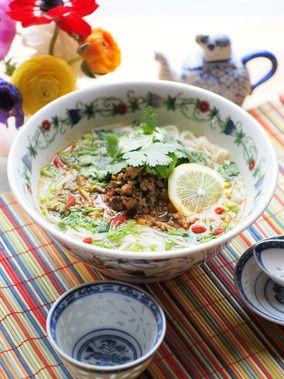 エダジュンさんのパクチー肉みそのっけフォー|レシピブログ