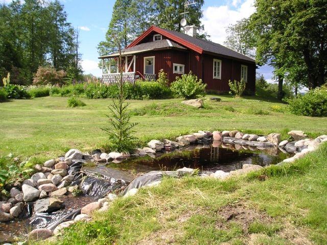Stuga vid golfbana och vatten (Stuga uthyres i Filipstad, Saxån, Värmland)