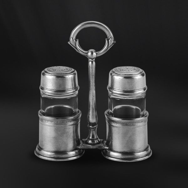 Pewter & Glass Salt & Pepper Cruet Set - Length: 12,5 cm (4,9″) - Height: 13,5 cm (5,3″) - Food Safe Product - #pewter #glass #salt #pepper #cruet #set #shakers #peltro #vetro #sale #pepe #zinn #glas #salzstreuer #pfefferstreuer #sets #étain #etain #cristal #saliere #poivriere #peltre #tinn #олово #оловянный #tableware #dinnerware #table #accessories #decor #design #bottega #peltro #GT #italian #handmade #made #italy #artisans #craftsmanship #craftsman #primitive