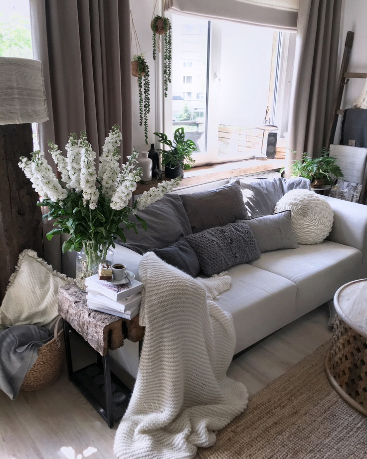 Living room natural style,instagram lavien_home_decor