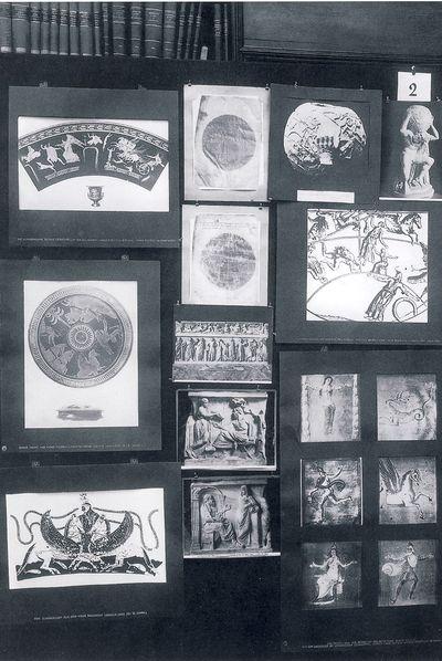 Panel número 2 ('Representación griega del cosmos') del Atlas Mnemosyne (Akal), de Aby Warburg.