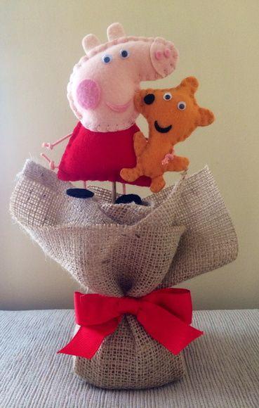 Centro de mesa Peppa Pig e Teddy | Maria Joaninha Mimos - Tecidos & Feltros | Elo7