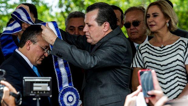 Pedro Taques é empossado governador do Mato Grosso - Portal Amazônia