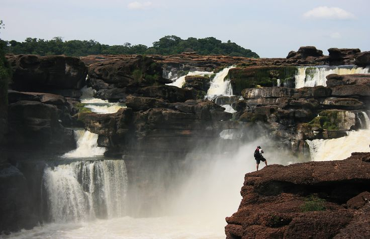 Raudal del Jirijirimo - Amazonas #Colombia @Dituristico #SomosTurismo
