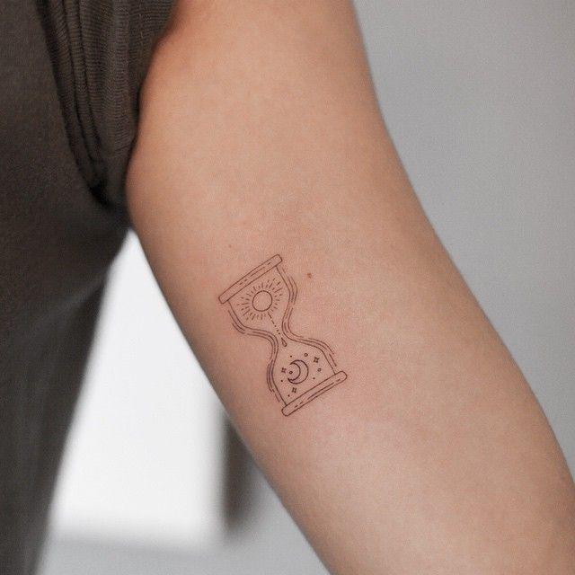 fine line tattoo #타투이스트리버  #타투 #그라피투 #tattoo #graffittoo
