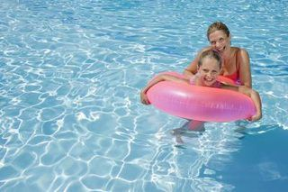 Home Remedy for Cloudy Pool Water (with Pictures) | eHow