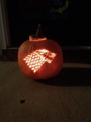 [No Spoilers] Carved the Stark Direwolf into a Pumpkin : gameofthrones
