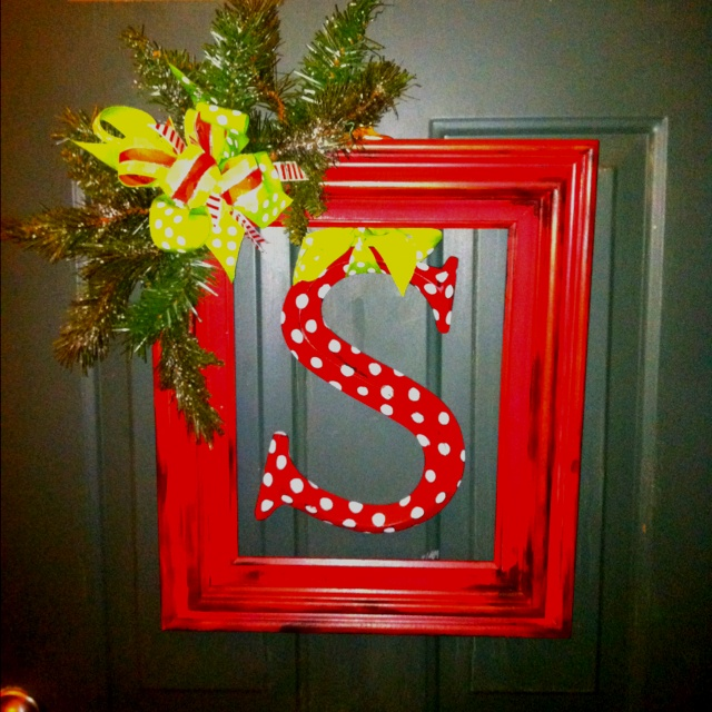 Picture frame wreath, a little twist on the traditional wreath...Merry Christmas from The Scribner's!