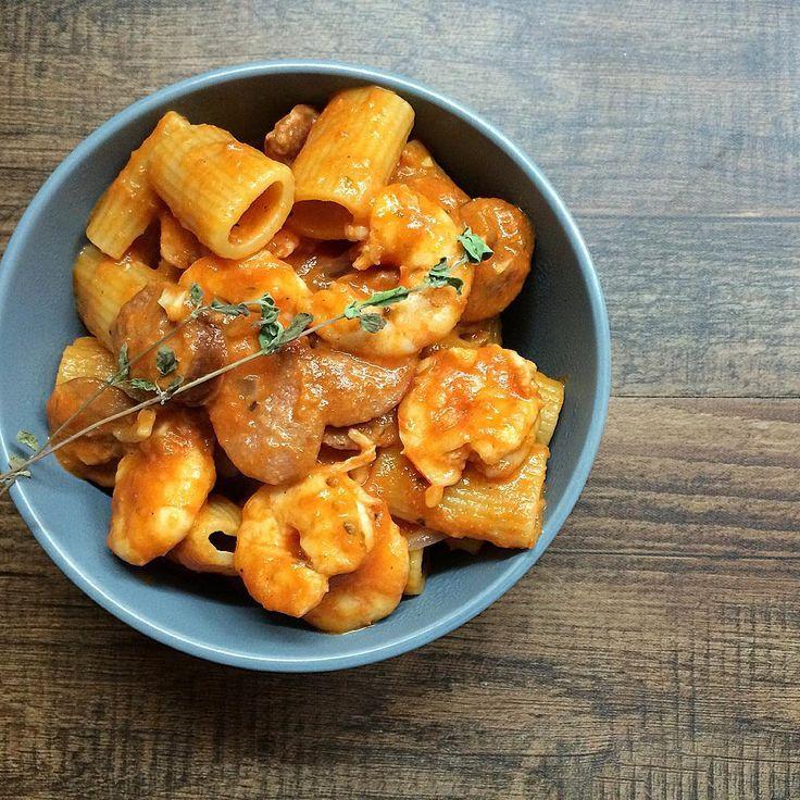 """""""Shrimp & Sausage Rigatoni  ------------------------------------------------ 1/4 Kilo shrimp, peeled & deveined  1  schüblig sausage, sliced  2 tbsp…"""""""