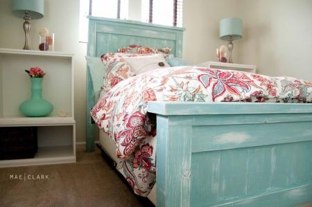 DIY farmhouse bed...I love this person's finish. I was thinking a farmhouse bed might be too heavy looking for my space but in this sort of finish, definitely not. Stu has always wanted a bed like this (he really loves sleigh beds but this would suit him as well).