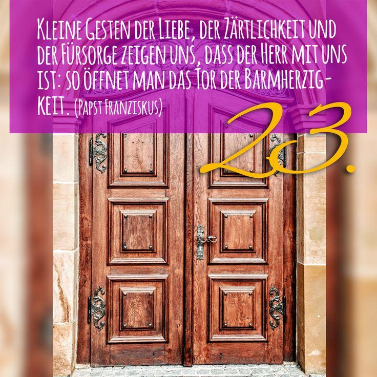 Zitat zum Advent von Papst Franziskus, Kirchentüre:  St Maria Hohenrechberg in Baden-Württemberg