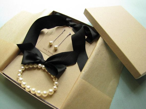 Classic Bridesmaid Jewelry  Necklace Bracelet by LoveHonorUpcycle