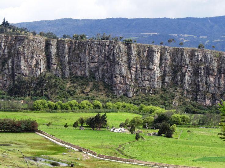 """SUESCA """"Roca de las Aves"""". Cundinamrca - Colombia"""
