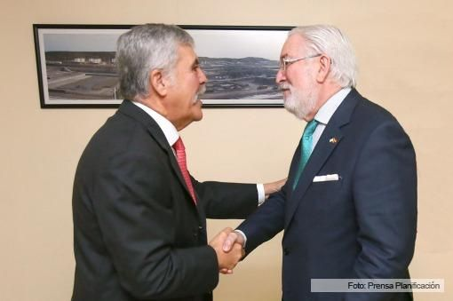 #Embajador de #España en Argentina y Julio #Devido