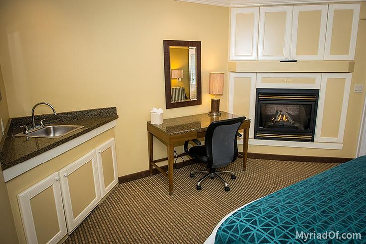 Fireplace and study area - Inn at Morro Bay