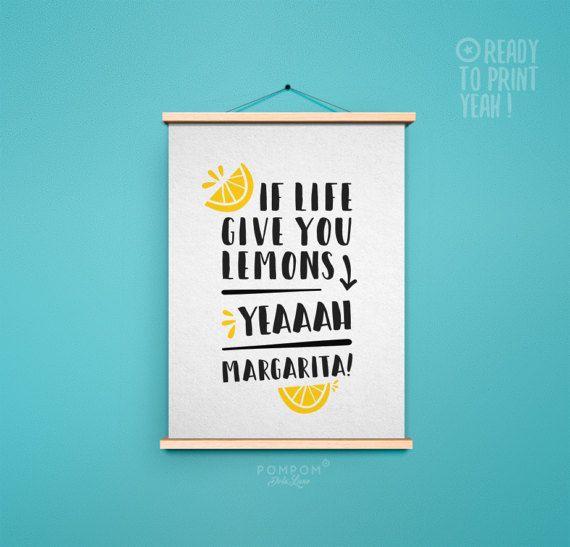 Affiche À IMPRIMER Margarita - Poster affiche citation citron alcool - citation motivation humour PDF Art - Poster drôle imprimable maison   Si la vie te donne des citrons - YEAAAAH Margarita !    -------------- CONTENU --------------  TÉLÉCHARGEMENT INSTANTANÉ Haute qualité : - 1 PDF format 4''x6'' avec traits de coupe sur papier USLETTER - 1 PDF format 10x15cm avec traits de coupe sur papier A4 - 1 PDF format USLETTER 8,5''x11'' - 1 PDF format A4 21x29,7cm - 1 PDF format A3 29,7x42cm…