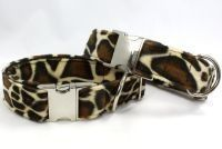 Image of Giraffe Dog Collar in the category  on Uncommon Paws.