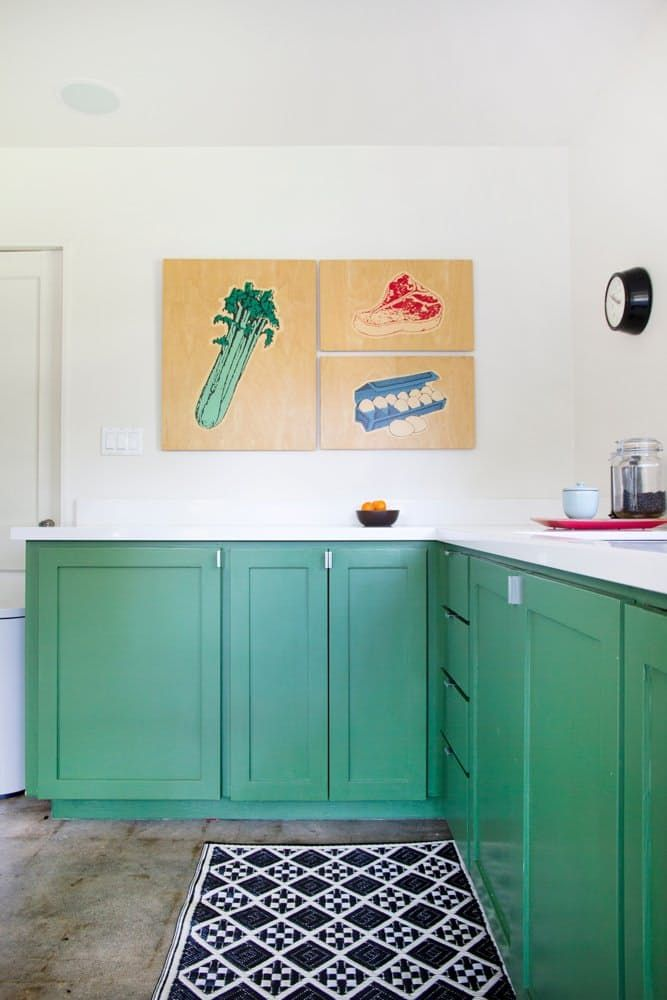 New Traditional Kitchen: Shaker-Style Kitchen Cabinets in Color