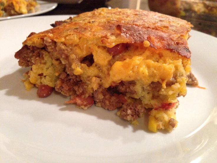 Easy Cowboy Cornbread Casserole from mylifeinaustin.com. Can't wait to give this recipe a try! Sounds like the perfect warm dinner to fill our winter bellies.