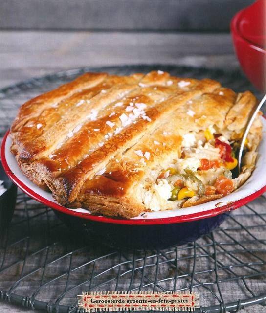 'n Pastei is altyd 'n treffer, maar is gewoonlik met vleis gevul. Maak hierdie vegetariese pastei vir 'n ligter maaltyd wat steeds smullekker is.