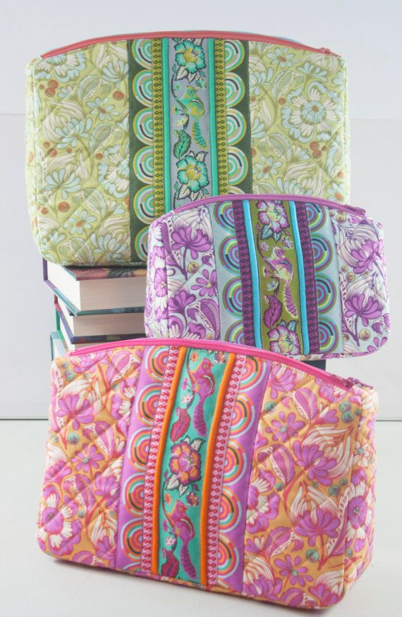 Filigree Double-Zip Pouches PDF sewing pattern