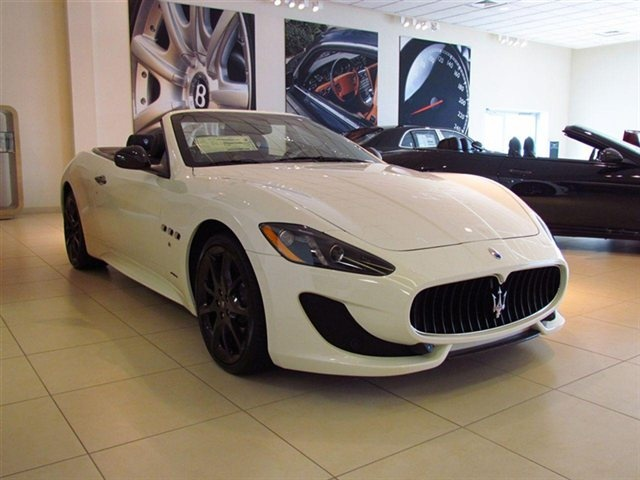 Bat kaya puros Car un nakikita q sa dream ko?? hahaha! eto tlga un ultimate Dream car ko ihh! 2013 Maserati GranTurismo Convertible (Stock# C1008) - a high end car u'll love to buy!
