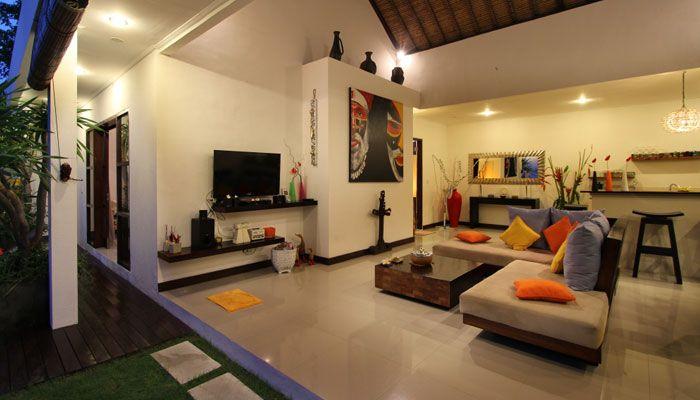 #RuangTamu dan #Dapur dalam satu ruangan di #VillaRicciBali