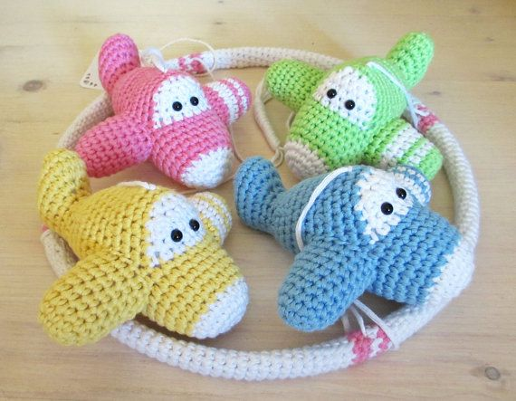 Crochet Patterns For Baby Mittens : 17 Best ideas about Crochet Baby Mobiles on Pinterest ...