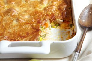 Cheesy Chicken Pot Pie with crescent roll crust! Amazing!: Dinners Tonight, Pot Pies Recipe, Dinners Time, Fun Recipe, Chicken Pot Pies, Cheesy Chicken, Comforters Food, Crescents Rolls, Recipe Chicken