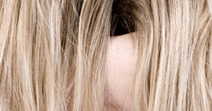 Cortes de pelo largo, modernos y elegantes para hombres. Atrás han quedado los días en que los hombres y los niños tenían el pelo corto y solo las chicas tenían una cola de caballo. Aunque muchos estilos y culturas siempre han permitido a los hombres tener el pelo largo, las tendencias de la moda contemporánea de hoy lo adoptan. Muchas celebridades masculinas llevan el pelo más largo y los diseñadores ...