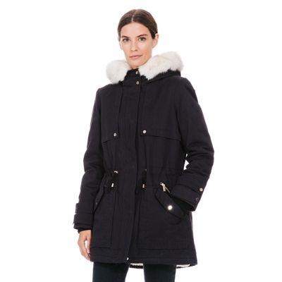 Pimkie.it : La giacca parka imbottita dalle deliziose tonalità e finiture.