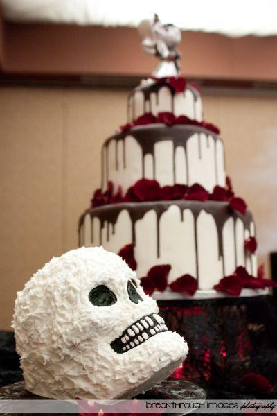20 Wedding Cakes parfaits pour Halloween ! Image: 8
